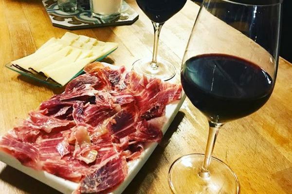 Spanish Jamon Iberico de Belotta in our Barcelona wine bar!