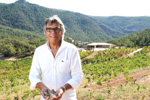 The fabulous winery in Montsant. Interview the Winemaker Joan Ignasi Domènech Vinyes Domenech - The famous garnacha man!